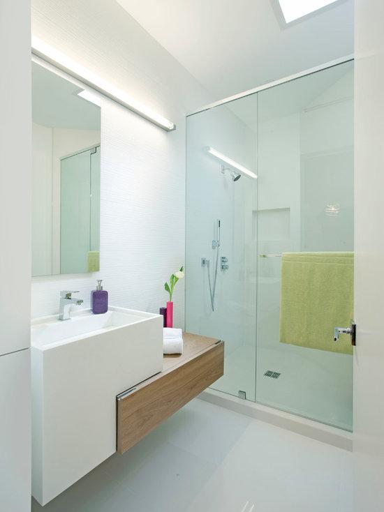 SaveEmail. Modern Bathroom