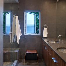 Modern Bathroom by Fradkin Fine Construction, Inc.
