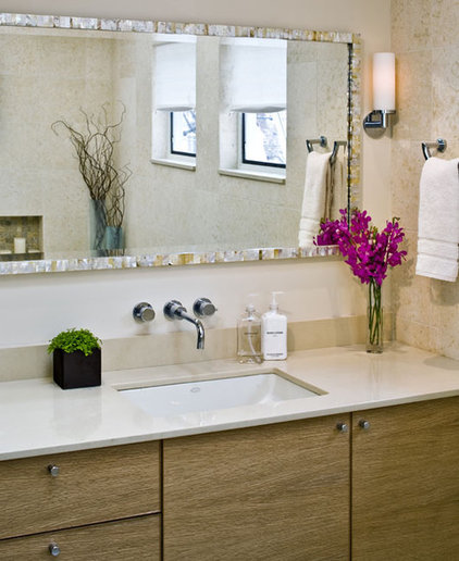modern bathroom by Rachel Reider Interiors