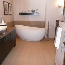 Modern Bathroom by Wyman Builders, Inc.