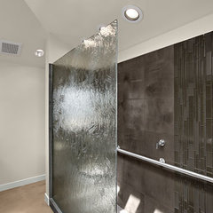 modern bathroom by Signature Designs by Bonnie Bagley