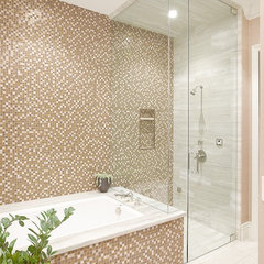 modern bathroom by Tara Dudley Interiors