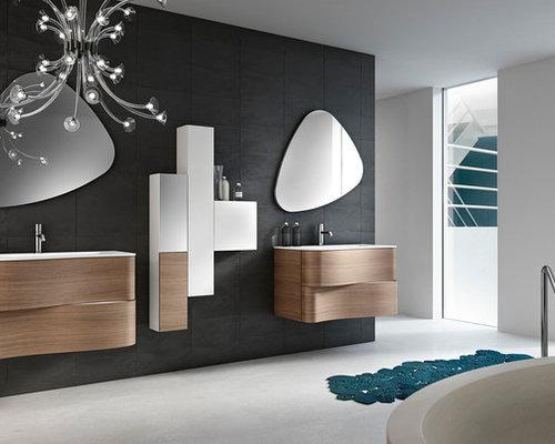 Sala Da Bagno Moderna : Stanza da bagno moderna con ante blu foto idee arredamento