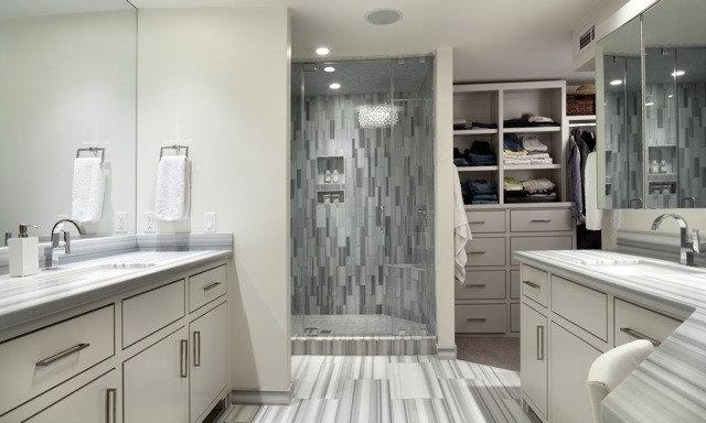 Modern Bathroom by Jennifer Welch Designs