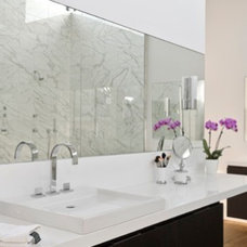 Contemporary Bathroom by CB Cooper Construction