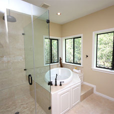 Traditional Bathroom by Texas Bluebonnet Builders