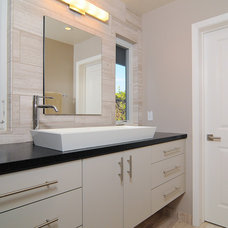 Modern Bathroom by Kerrie L. Kelly