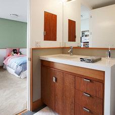 Contemporary Bathroom by Andersen Miller Design
