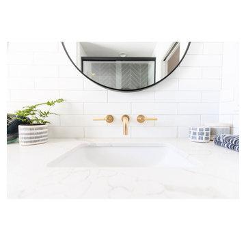 Modern Farmhouse Bath 1