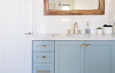 Bathroom of the Week: Curbless Shower and an Aqua Vanity