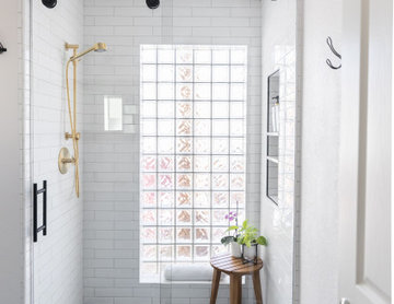 Modern Farmhouse Bath 2
