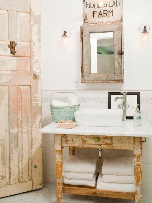 Salle de bain romantique avec un placard en trompe l 39 oeil - Trompe l oeil salle de bain ...