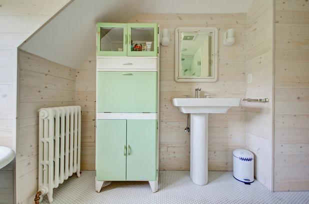 Farmhouse Bathroom by Hammer & Hand