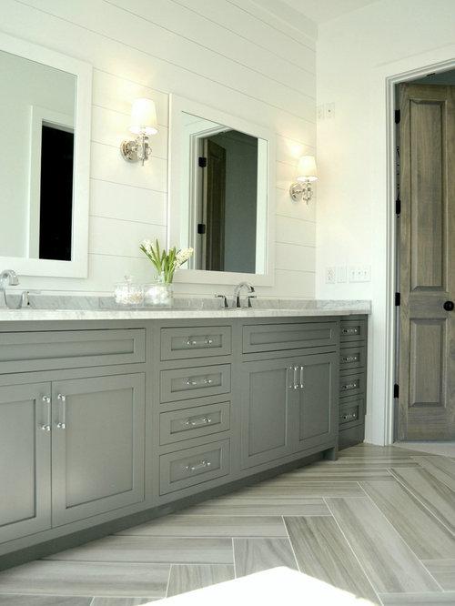 Foto e idee per bagni bagno in campagna con doccia aperta for Piastrelle bianche marmo