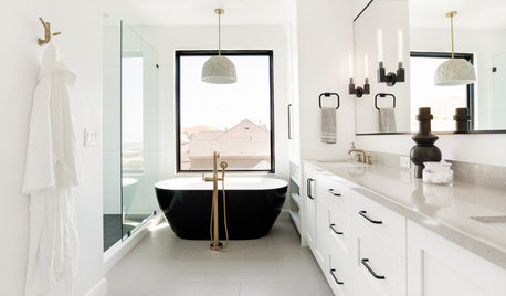 What's Popular for Toilets, Showers and Tubs in Master Baths