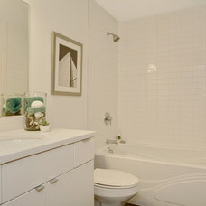 Modern Bathroom by Seattle Staged to Sell and Design LLC