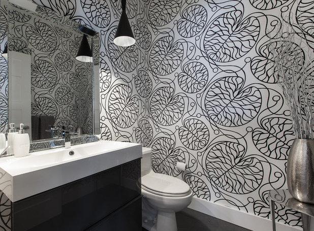 コンテンポラリー 浴室 by Becki Peckham