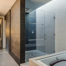 Modern Bathroom by Mark Brand Architecture