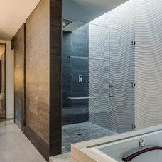 Modern Bathroom by Mark Brand Architecture