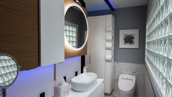Modern luxury compact bathroom