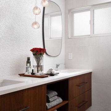 Modern master and guest bathroom design_Redmond, WA