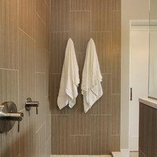 Modern Bathroom by Thompson Remodeling