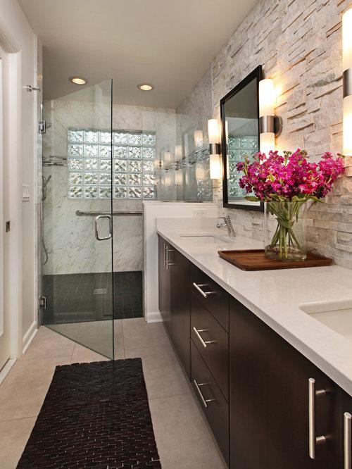 cool modelo de cuarto de bao moderno pequeo con lavabo encastrado armarios con paneles with azulejos de cuarto de bao modernos with cuarto bao moderno - Azulejos De Cuarto De Bao