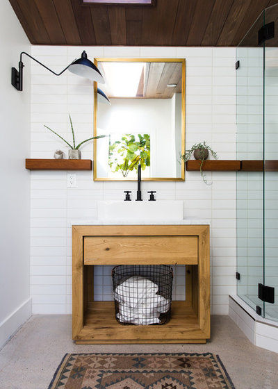 Contemporary Bathroom by Melissa Kelsey Photography