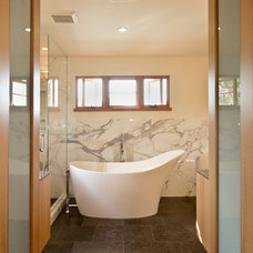 Contemporary Bathroom by FGY Architects