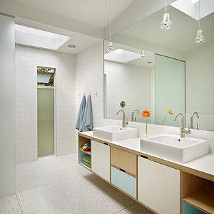 Minimalist bathroom photo in Seattle