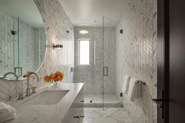 Una Vasca Da Bagno In Inglese : Brillanti esempi di progetti con una finestra nella doccia