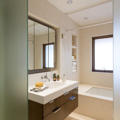 modern bathroom by Touzet Studio