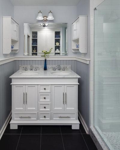 Traditional Bathroom by 309design