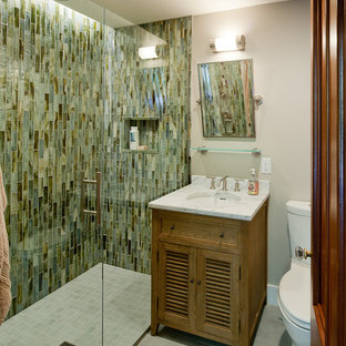 Photo of a traditional bathroom in Boston with a curbless shower.