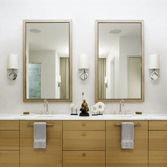 modern bathroom by Risinger Homes