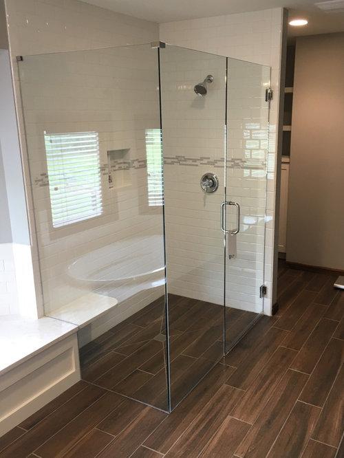 Cincinnati Bathroom Design Ideas Renovations Photos With Subway Tile