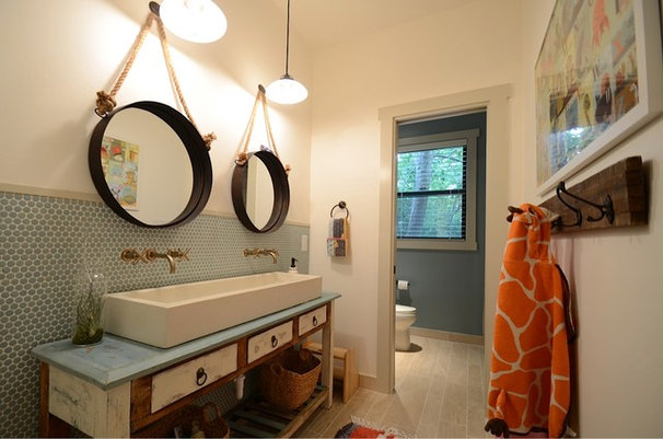 Transitional Bathroom by Masterpiece Builders of Austin, LLC