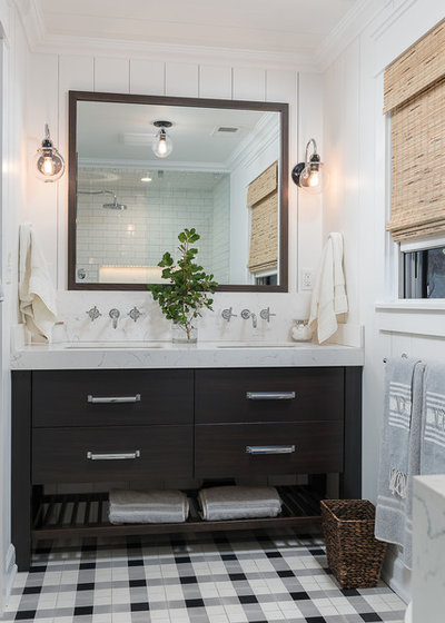 Farmhouse Bathroom by Anderson & Rodgers Construction