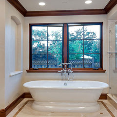 traditional bathroom by mark pinkerton  - vi360 photography