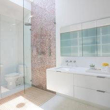 Contemporary Bathroom by twenty7 design