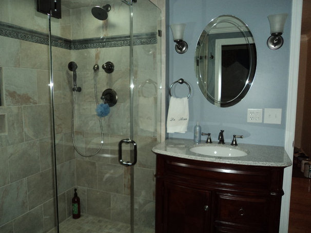 Traditional Bathroom by Master Builders