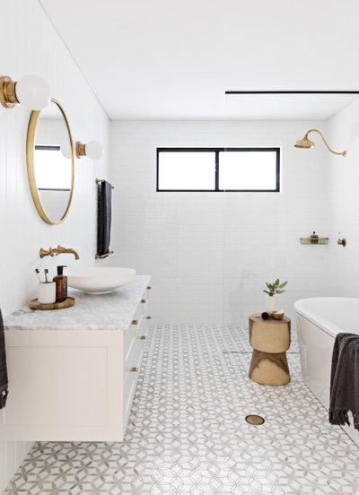 Scandinavian Bathroom by Hemma Interiors