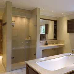 contemporary bathroom Mount House