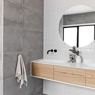 Modern bathroom in Wollongong.