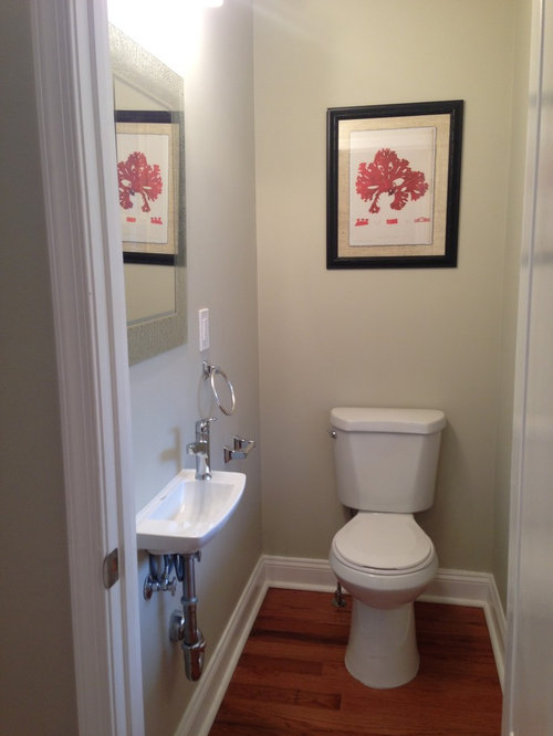 Arts and crafts bathroom design ideas renovations for Arts crafts bathroom design