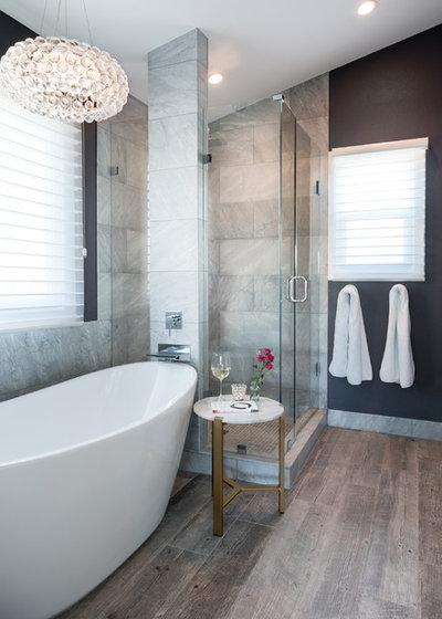 Clásico renovado Cuarto de baño by Oliver Designs