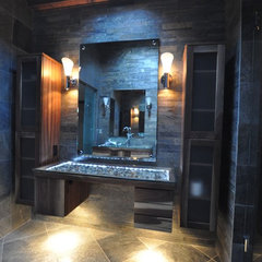 modern bathroom by Supreme Surface, Inc.