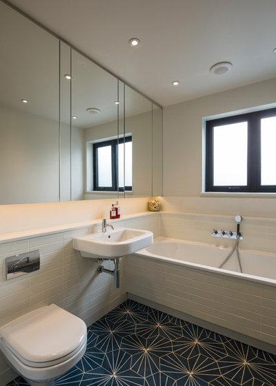 Scandinavian Bathroom by Jones Associates Architects