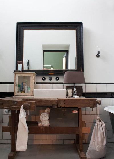 Id e r cup 39 10 meubles anciens d tourner en plan vasque for Meuble salle de bain ancien en bois