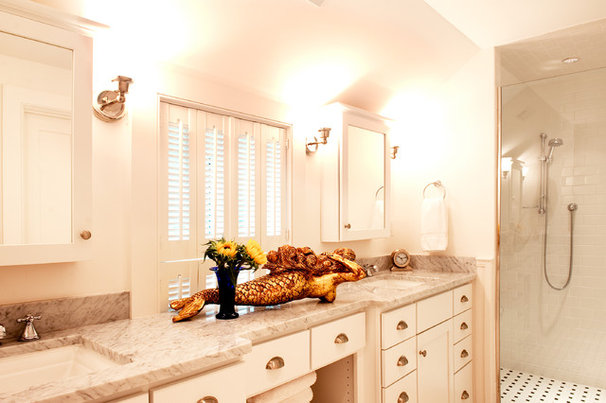 Beach Style Bathroom by Mary Prince Photography
